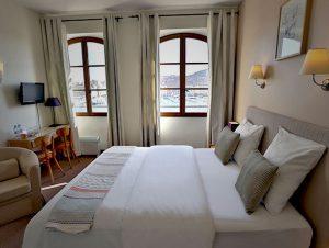 Chambre supérieure hotel bellevue marseille vieux port