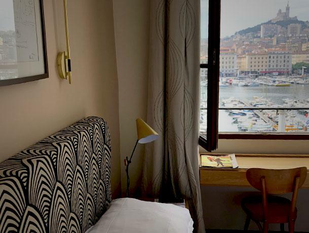 Deco chambre hotel Bellevue Marseille Vieux port